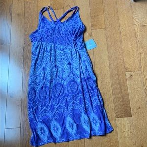 Athleta dress NWT, color is lavender and grey.